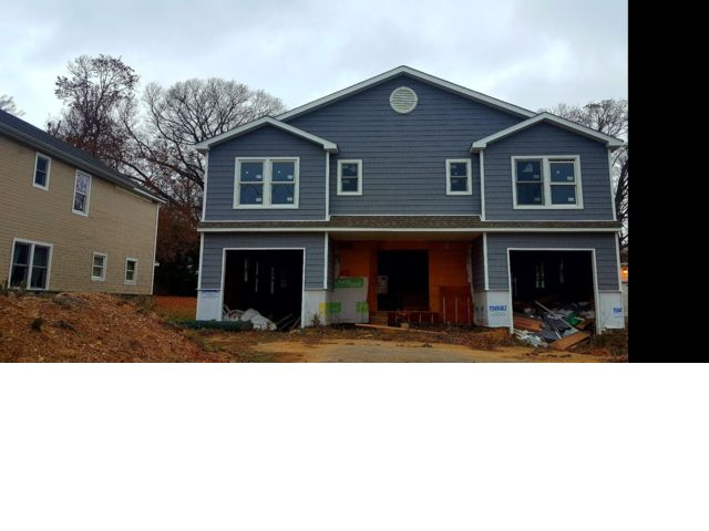 4 BR,  4.00 BTH  Colonial style home in Glen Cove